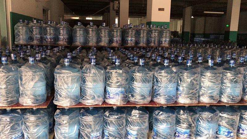 桶装水成品展示