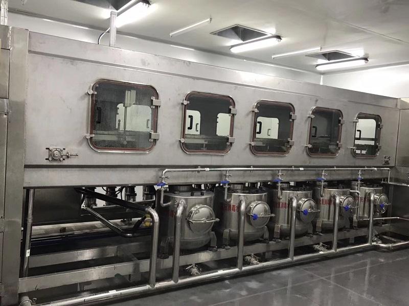 桶装水厂家设备